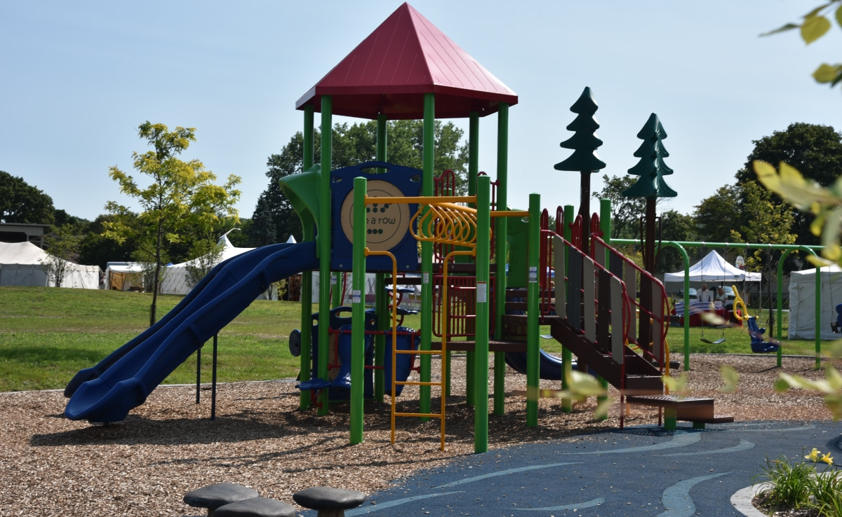 Carpentersville - Playground - Upland Design